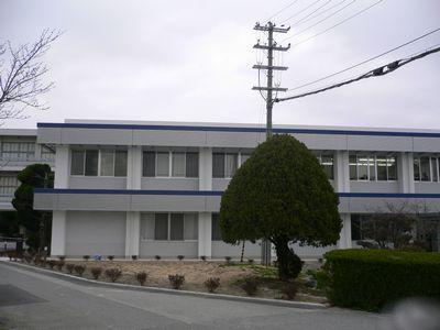 図書館情報棟(新校舎)