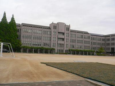 帝塚山学院中高 外観